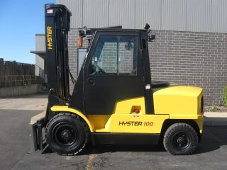 Hyster 10000 Lb Capacity Forklift Lift Truck Pneumatic Tire With Heated Cab photo