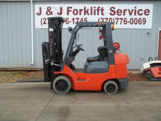 2005 Toyota 7fgcu30 3 Stage 6k Forklift With Sideshift photo
