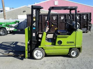 Clark Forklift Model Gcs20mb Runs Great Can Deliver photo