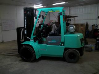 1997 Mitsubishi Fg30 Dual Wheel Pneumatic Forklift Caterpillar photo