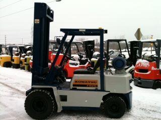 Komatsu Dual Drive Pneumatic 5000 Lb Fg25st - 8 Forlift Lift Truck photo