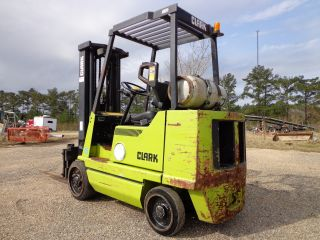 Clark Gcx - 25 Forklift Lpg Propane Gas 5,  000 - 15 Foot Lift Capacity photo