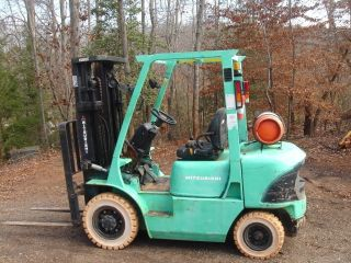 2003 Mitsubshi Fg25k 5000 Lb Lift,  3 Stage,  S.  S,  Automatic,  New Non - Marking Tire photo