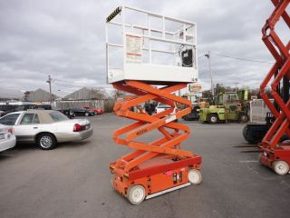 Snokel Model (sl - 15) 15 ' Scissor Lift 390 Hrs.  52356 photo