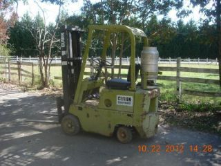 Clark Forklift - C500s30 photo
