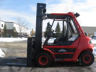 Linde 15000 Lb Capacity Forklift Lift Truck Solid Rough Terrain Tires photo