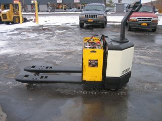 2003 Crown Forklift Electric 6000 Walk Behind Jack 48