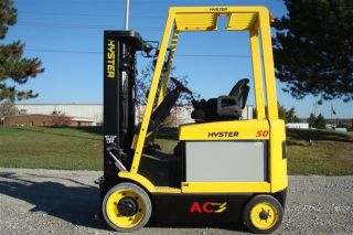 Hyster 5000 Lb Capacity Electric Forklift Lift Truck Recondtioned Battery Low Hr photo