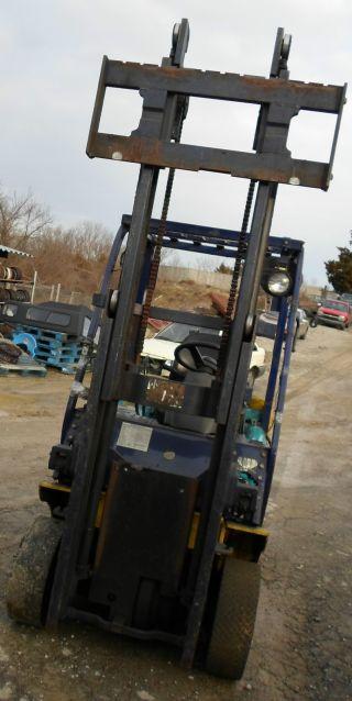 2001 Komatsu Forklift In Excellent Shape photo