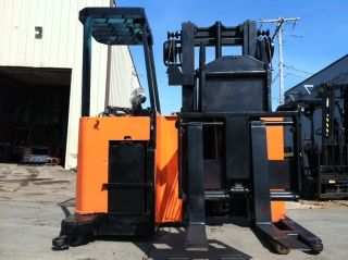 Raymond Side Loader With Reach Sr20tt Lift Truck Forklift photo