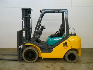 2007 Komatsu 5000 Lb Capacity Forklift Lift Truck Pneumatic Tire Triple Stage photo