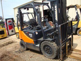 2007 Doosan 25 Pro 5 5,  000 Lb.  Diesel Forklift photo