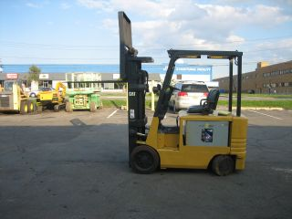 2003 Cat 4 Wheel Electric Forklift 6000 187
