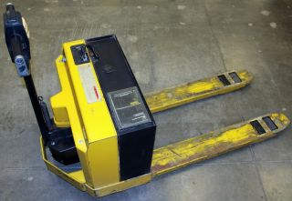 Yale Model Mpb040acn24c2748 Electric Pallet Jack,  New Battery & Fresh Service,  4 photo