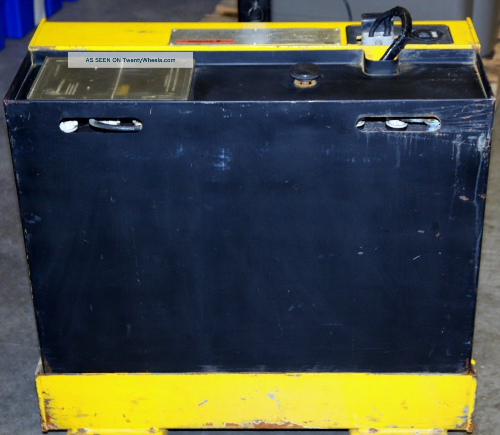 Yale Model Mpb040acn24c2748 Electric Pallet Jack  New