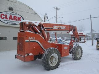 Skytrak 8042 Telehandler Forklift photo