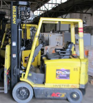 Hyster E60z - 33 Electric Forklift 48v Cushion Tires Quad Mast photo