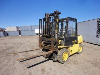 Hyster 8500lb Fork Lift Model (h90xls2) Enclosed Cab W/heat,  Lpg,  2232hrs,  1450w photo