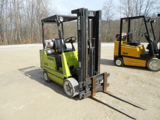 Clark Gcx25 5,  000lbs Forklift 3 Stage Side Shift 188