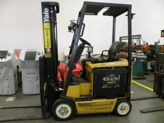2009 Yale Erc030 Electric Forklift photo