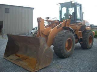 Case 621d Wheel Loader,  Erops,  Jrb Coupler,  Gp Bucket photo