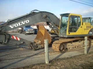 2004 Volvo Ec210b Lc Excavator,  Hyd.  Coupler,  Auxiliary Hydraulics, photo