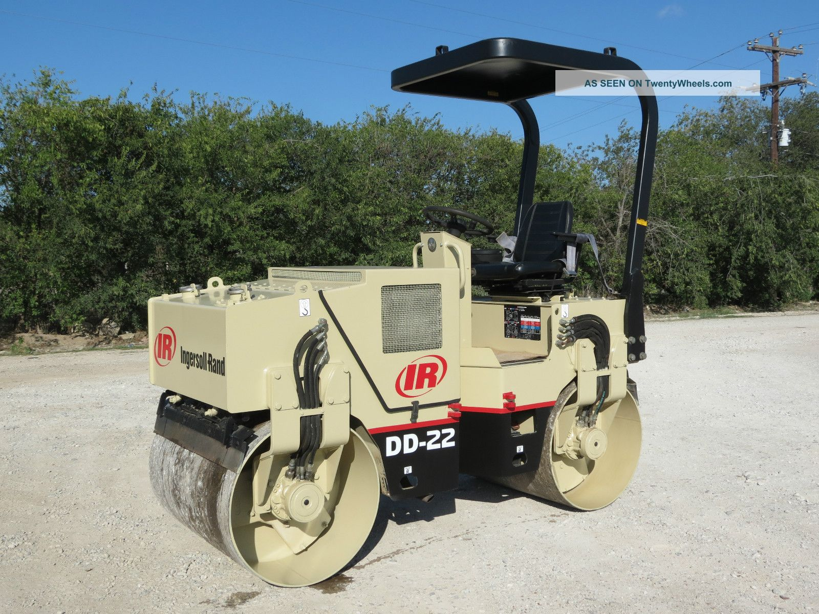 Ingersoll Rand Dd 22 Compactor Roller Vibratory Dual Drum Diesel Deutz Dfw Tx Compactors & Rollers - Riding photo