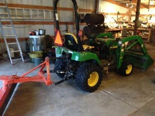 2006 John Deere Compact Utility Tractor (model 2305) photo