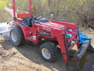 Honda H6522 6522 4x4 Tractor W/attachments photo