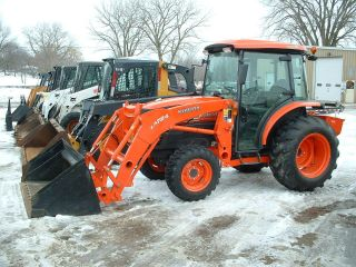 2011 Kubota L3540 Hst Hydro Cab/heat/air/warranty/loader/4wd Tractor photo