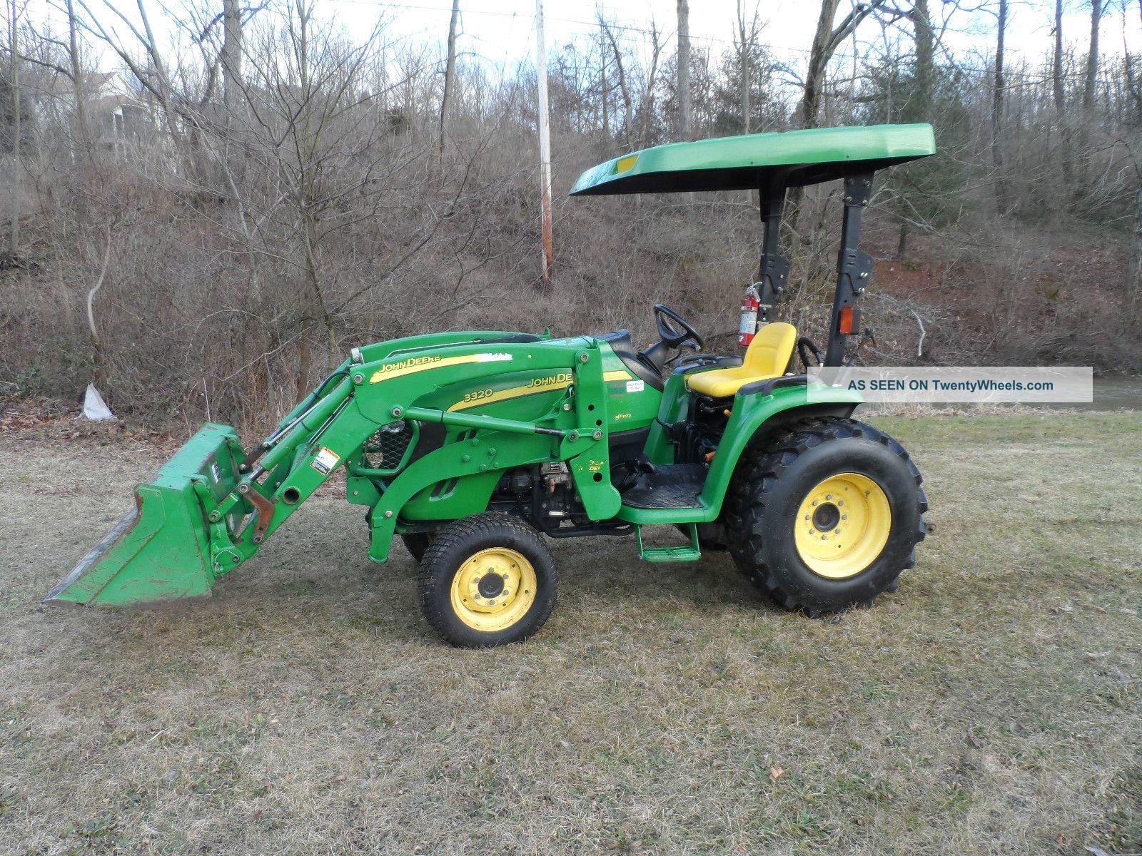 John Deere 3320 Tractor Loader
