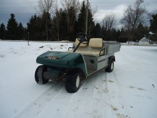 1997 Club Car Carry All With Hydraulic Aluminum Dump Bed photo