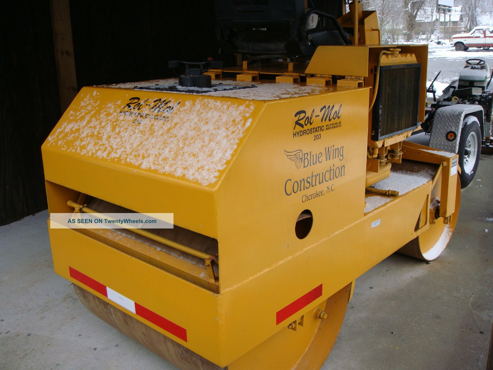 Compact Roller Compactors & Rollers - Riding photo