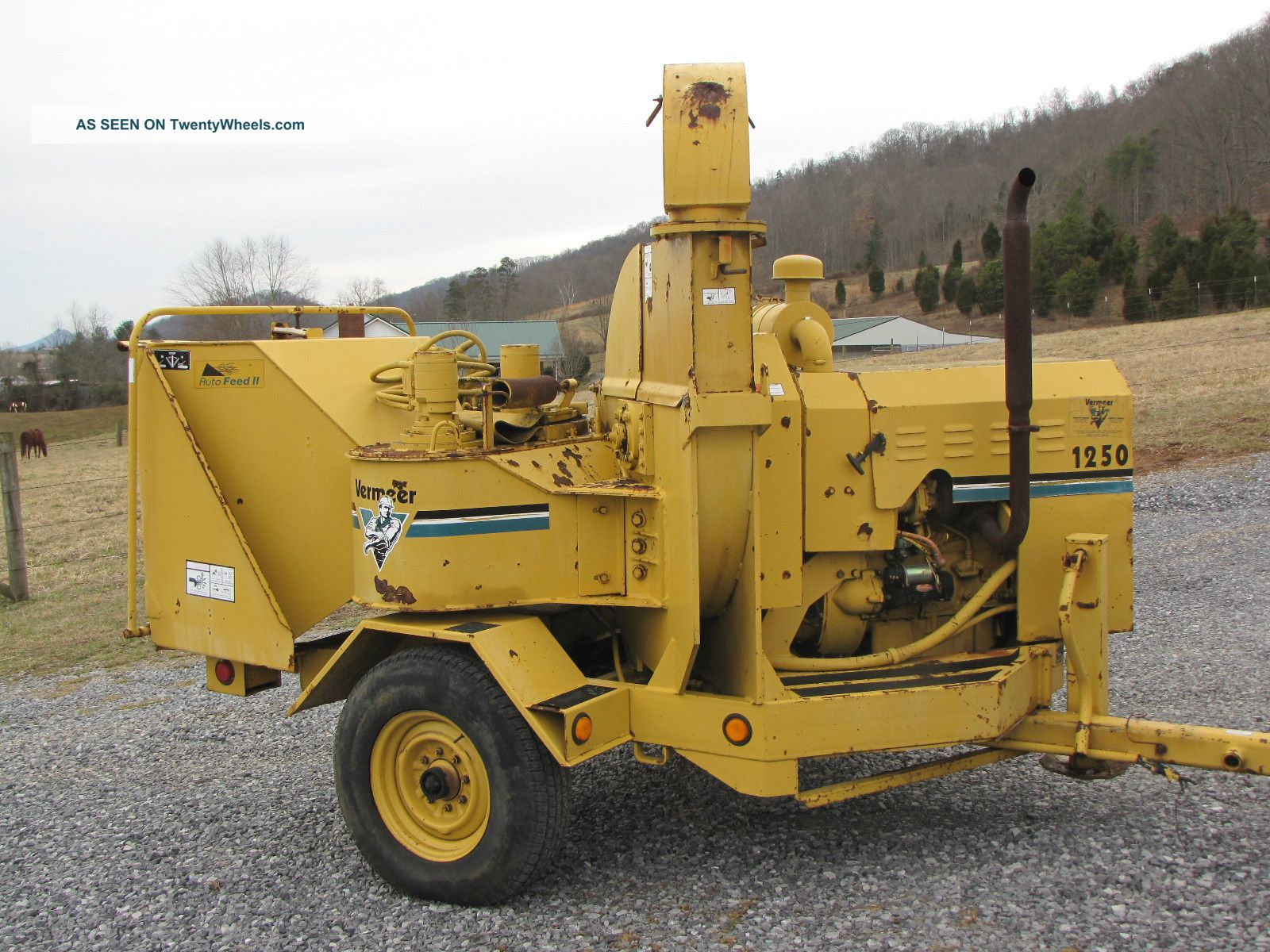 Vermeer 1250 Turbo Diesel 12 Inch Disk Style Brush Chipper Wood Chippers & Stump Grinders photo