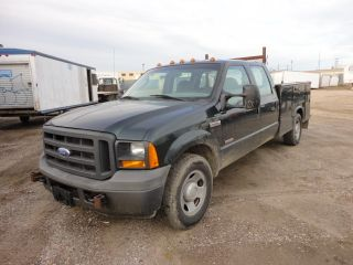 2005 Ford F - 350 photo