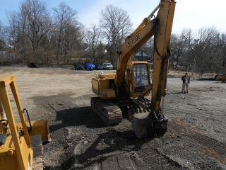 John Deer 490 E Excavator photo