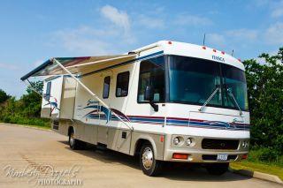 2000 Itasca Suncruiser photo
