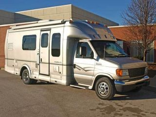 2006 Ford E450 Dyna Sport Rv photo