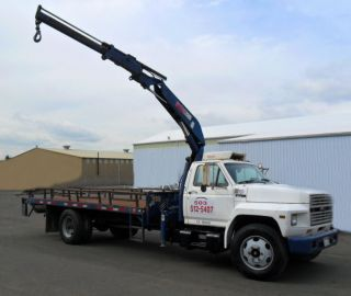 1987 Ford F700 photo