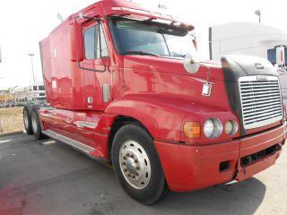 1999 Freightliner Century T120 photo