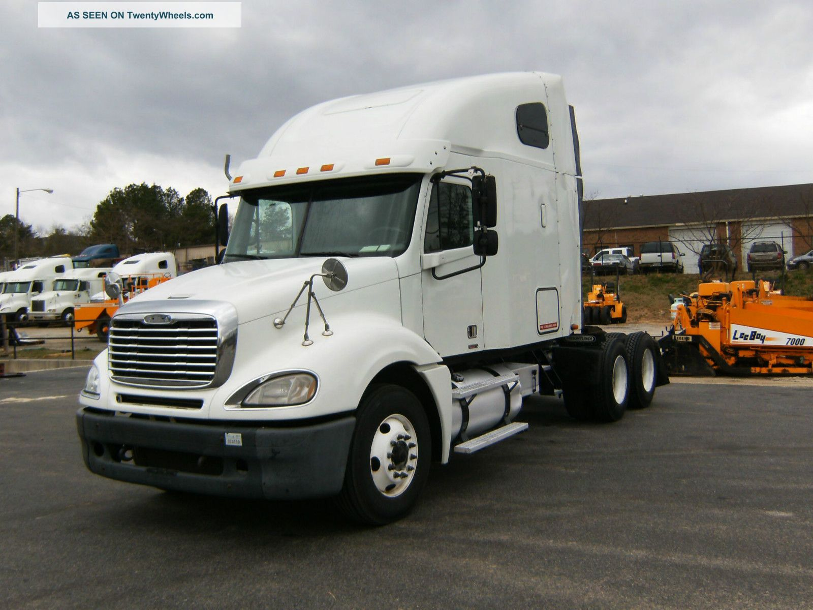 2006 freightliner pictures to pin on pinterest