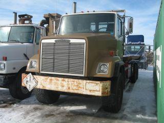 1988 Freightliner Flc photo