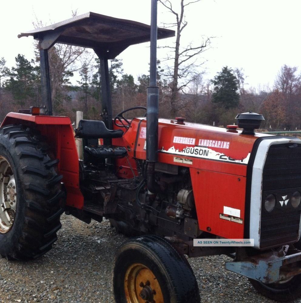 & Massey Ferguson 261 Farm Tractor. Rear Tires. Canopy Top. Good Tractor