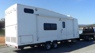2001 Coachmen Th261 Toy Hauler photo