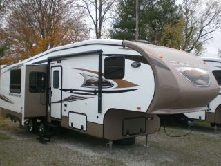 2012 Crossroads Cruiser 28 Mkx photo