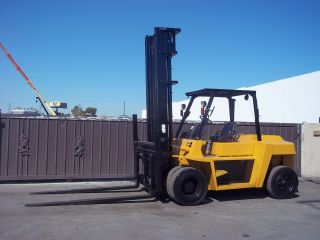 Caterpillar Forklift Year 2004 15,  500lb Capacity,  Paint,  Pneumatic Tire photo