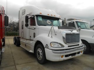 2005 Freightliner Cl120 photo
