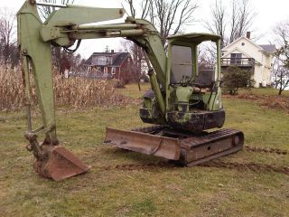 Hitachi Ex55ur Mini Excavator (45hp 5.  5 Ton) photo