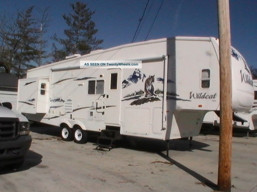 2007 Wildcat 32q Fifth Wheel RVs photo