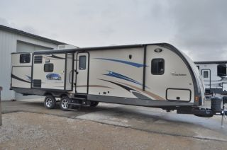 2013 Coachmen 2013 Freedom Express 320bhdsle photo